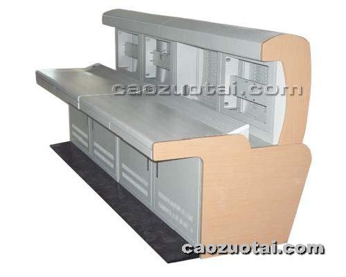操作台网提供生产钢制新颖操作台厂家