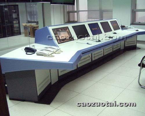 操作台网提供生产斜顶液晶监控台厂家