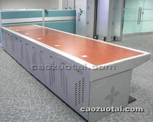 操作台网提供生产钢木豪华型操作台厂家