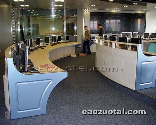 操作台网提供生产精致平面操作台厂家
